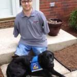 assistance-dog=helps-man_20130627122543_320_240